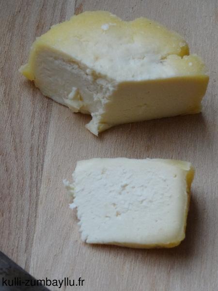 fromage maison au lait de vache sans pr sure kulli zumbayllu. Black Bedroom Furniture Sets. Home Design Ideas